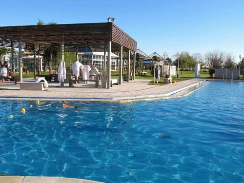 Senda termal la rioja la albotea gravalos arnedillo for Construccion de piscinas en uruguay